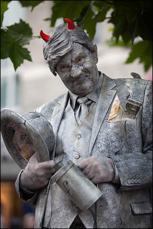 Living Statues Oss 2013